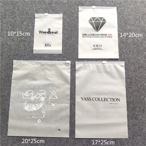 Biodegradable high quality plastic bags packaging, Custom fashion small plastic zipper bags with own logo