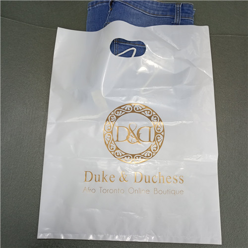 Factory Custom Logo Printed Recyclable Die Cut Carrier Punch Tote Plastic Shopping Bag Wholesale